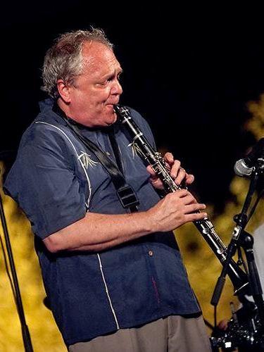 Ken Peplowski on clarinet high res